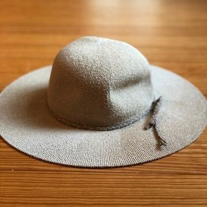 Sun hat! Never used.